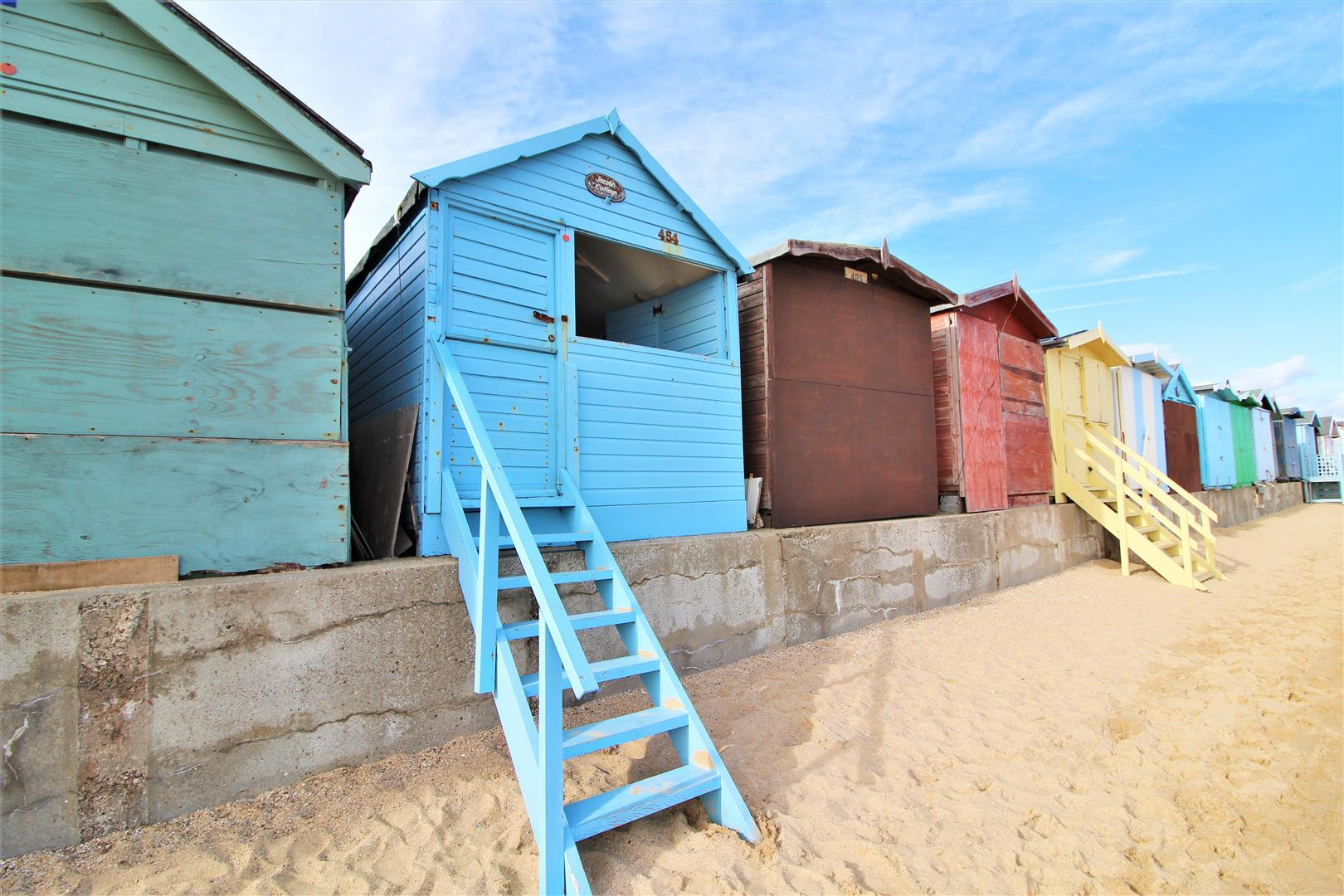 East Cliff, Walton On The Naze, Essex, CO14 8HA